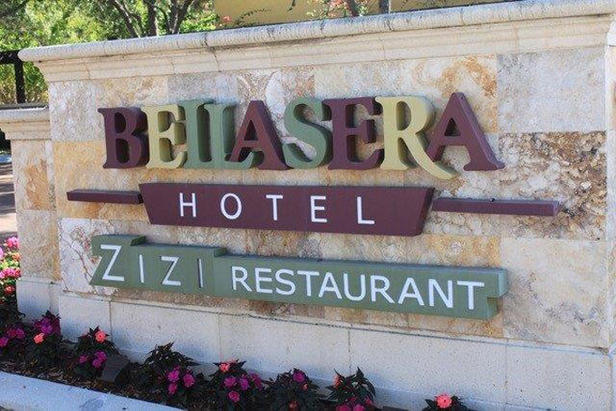 Airport Shuttle to and from Naples Bellasera Hotel in and near Florida