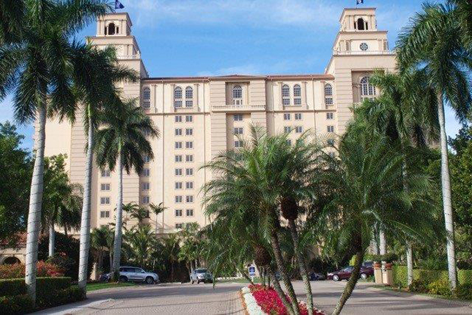 Airport Shuttle to and from Naples The Ritz Carlton Hotel in and near Florida